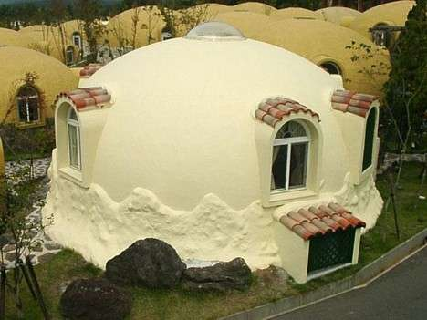 igloo as alternative housing