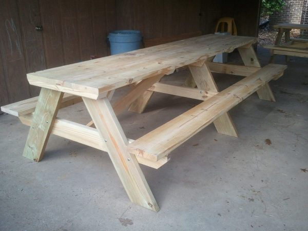I Love This Picnic Table It Has The Clic Design Of A With Attached Benches But Could Hold Ton People Around