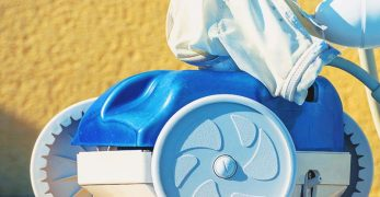 5 Best Robotic Pool Cleaner for the Money