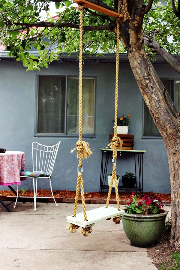 tree-hanging-swing-set