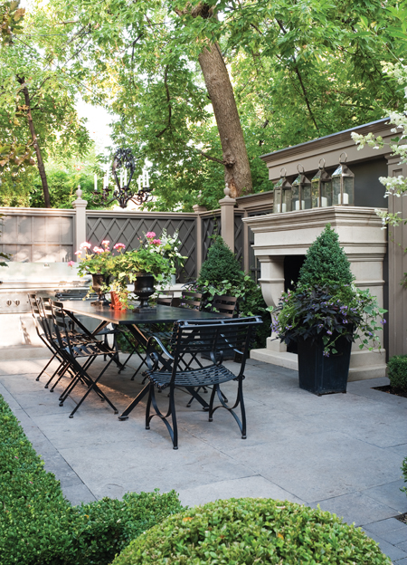 5-dark-formal-ideas-for-backyard