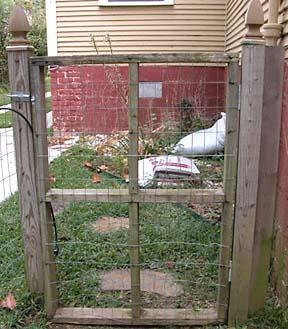 27 DIY Cheap Fence Ideas for Your Garden, Privacy, or