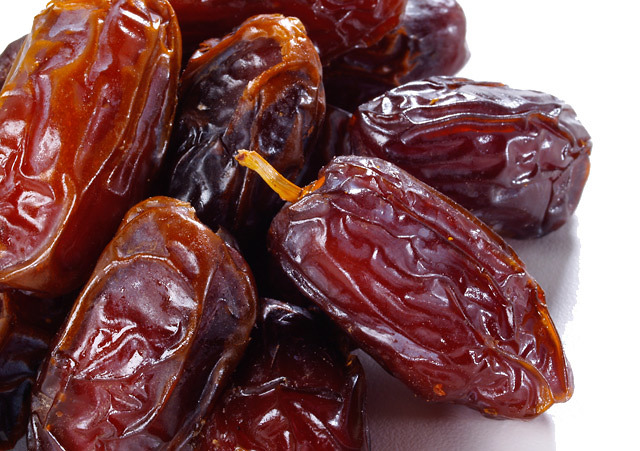 dates winter fruits