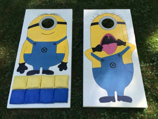 minion cornhole board plans