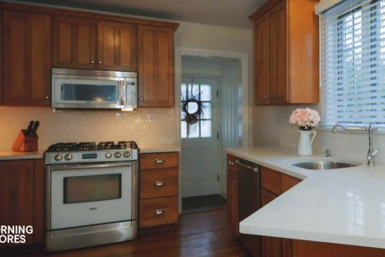 How to Refinish Your Cabinets with Minimal Cost in 6 Easy Steps