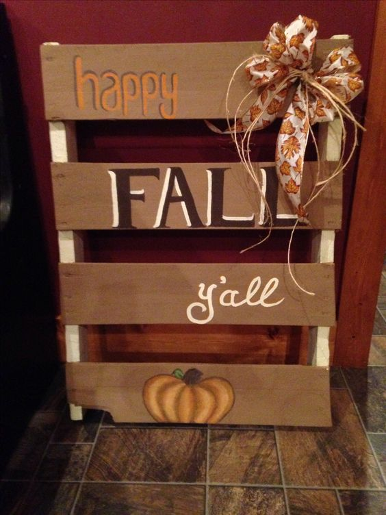 27 Creative Fall Pallet Projects For Decorating Your Home