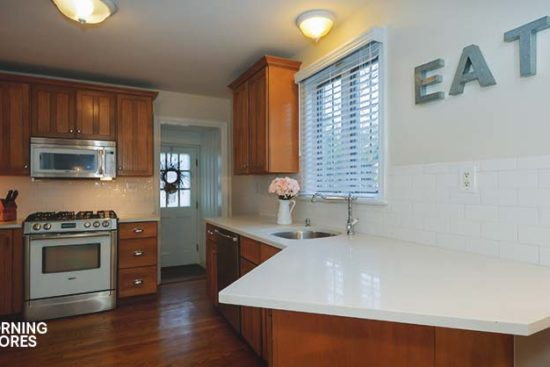 5 Easy Ways to Clean Your Kitchen for Around $2 Each
