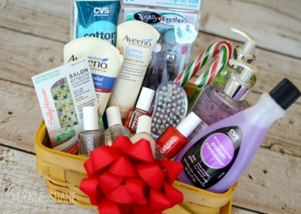 56 Fantastic Gift Basket Ideas To Make Any Recipient Smile