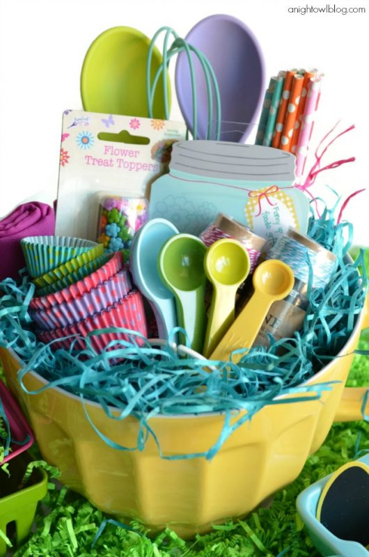 This baking gift basket would be greatly received by anyone who is a fan of cooking up sweet treats. You could even make it themed for a specific time of ...