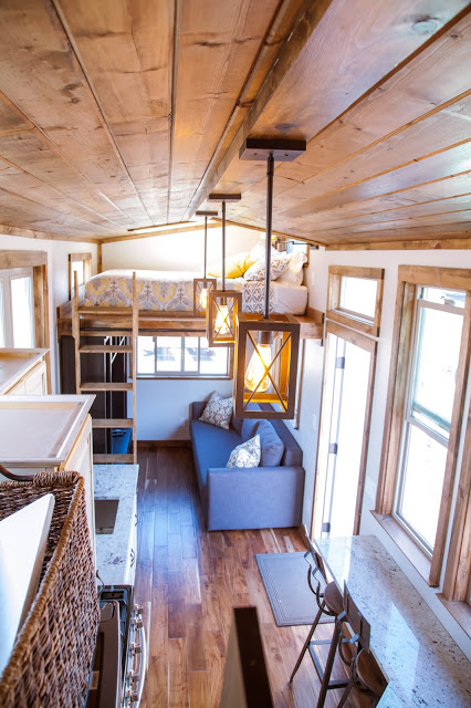 10 (+3 More) Cute Tiny Homes with Lofts that will Fit Four