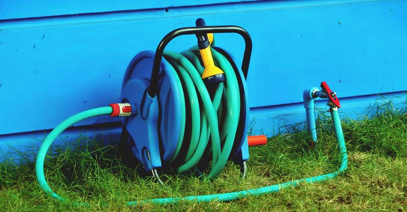 8 Best Hose Reel Reviews: Quality Complete Garden Hose ...