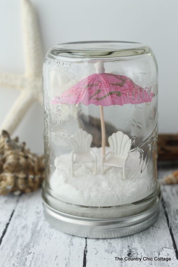 This Beach In A Jar Idea From The Country Chic Cottage Would Be Great For Friend With Whom You Recently Went To