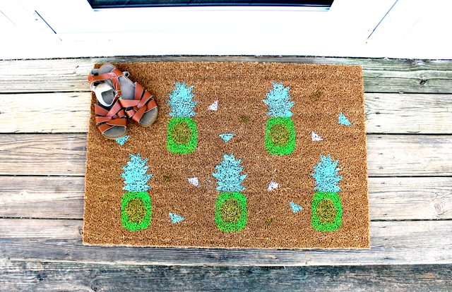 Pineapple DIY Doormat