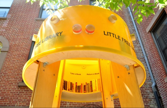 Little Yellow Library
