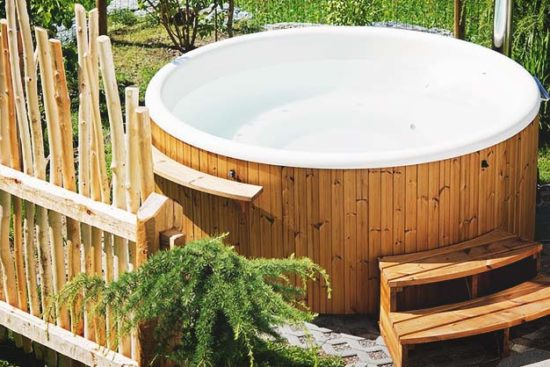 18 Ingenious DIY Hot Tub Plans & Ideas Suitable for Any Budget