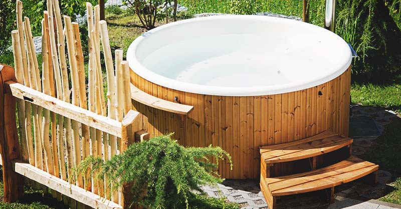 Cheap Hot Tubs >> 18 Ingenious Diy Hot Tub Plans Ideas Suitable For Any Budget