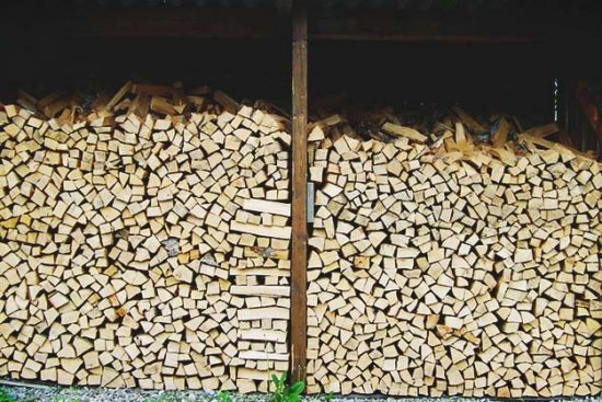20 Easy-to-Build DIY Firewood Shed Plans and Design Ideas