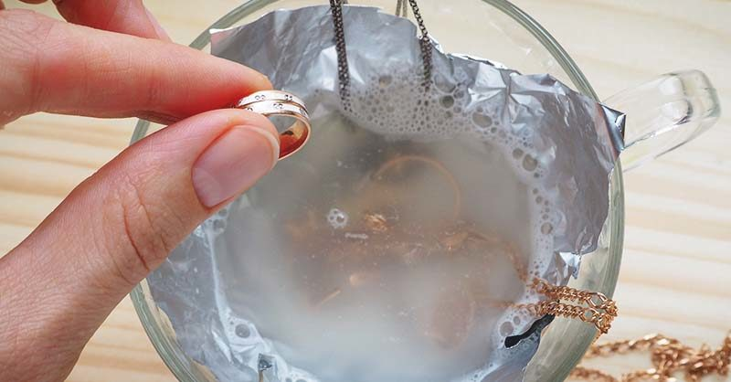 use dish soap to clean jewelry