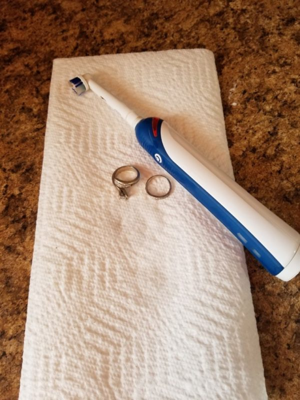 how to clean your rings