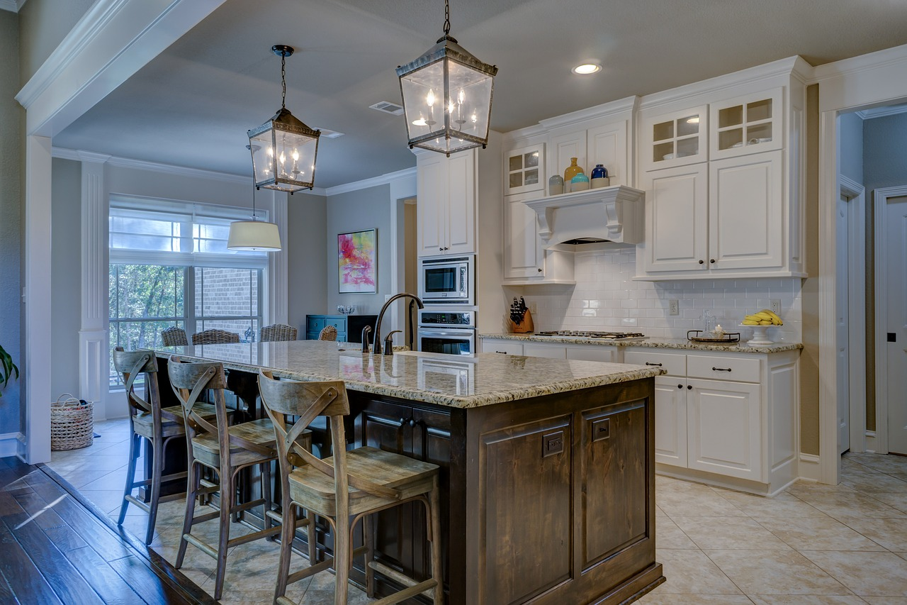 clean kitchen tips - the lights