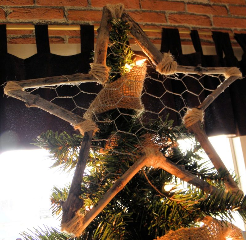 stick tree topper
