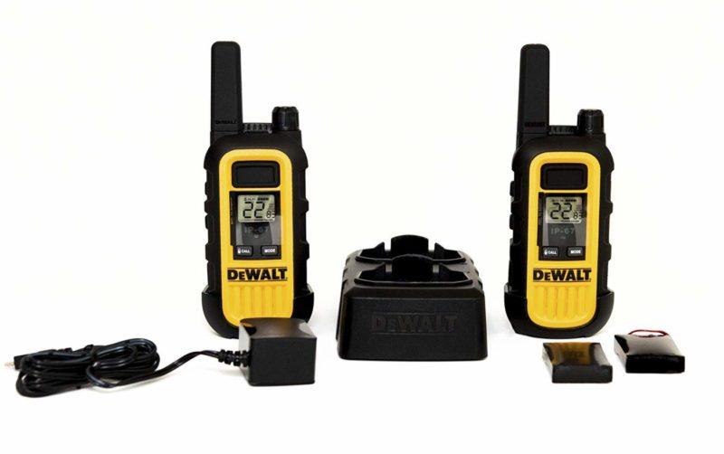 DeWALT DXFRS300 Walkie-Talkie 2-pack