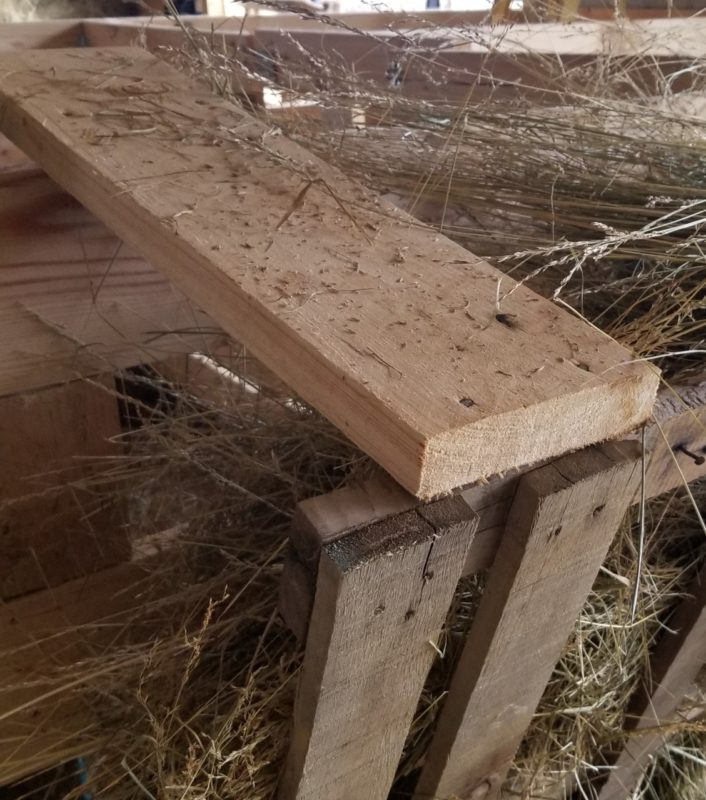 build a hay feeder