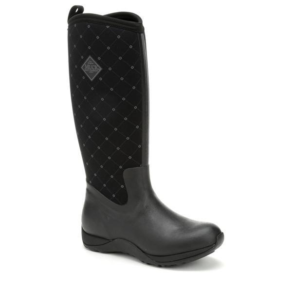 boots suitable for homestead clothing trends