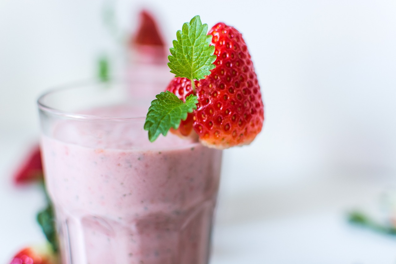 smoothies are well known as healthy drinks