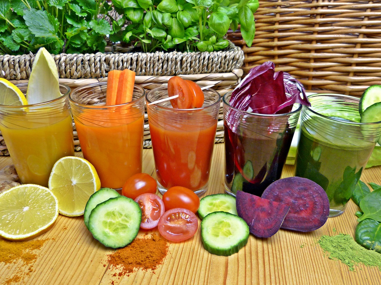 veggie juice makes healthy drinks
