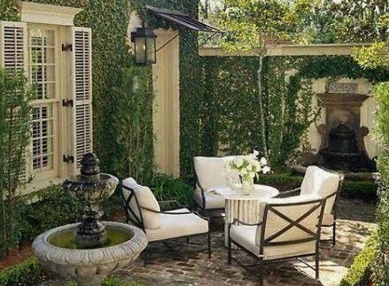 Create A Cozy Small Courtyard In Your Backyard Using A Few Cheap