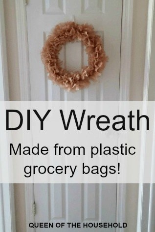 diy plastic wreath