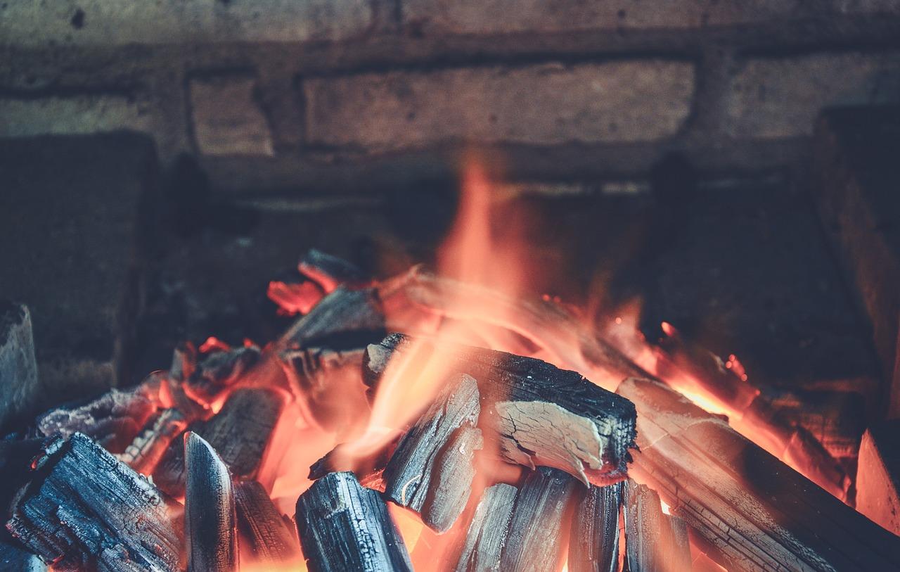 coal stay warm off-grid
