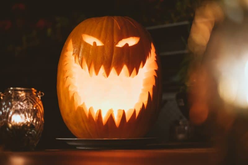 jack o lanterns is a fire risk, part of Halloween safety tips