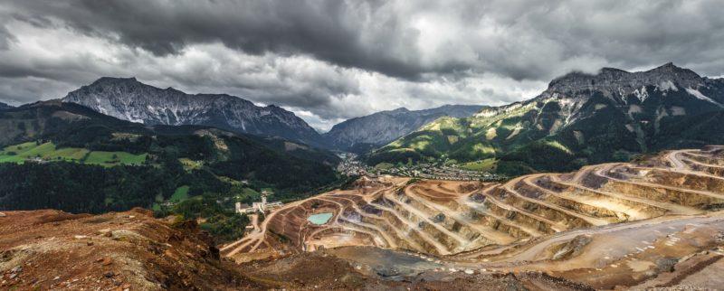 mining rock dust